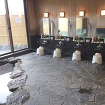 内湯(男性)洗い場