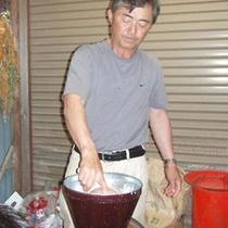 桜荘の味噌作り 02