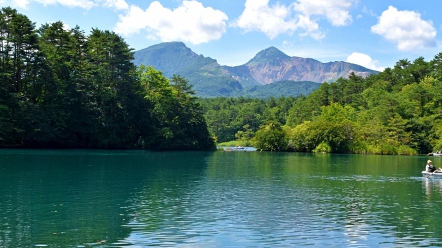 ★【周辺観光】自然が美しい「五色沼」は写真スポットにも <お車で約45分>
