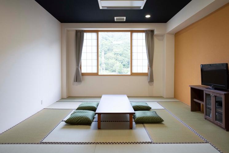 ★【和洋室40平米】遠く山が望めます