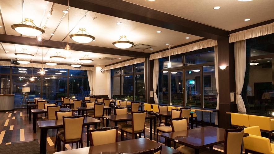 ★【レストラン】夜はシックに、落ち着いた雰囲気で