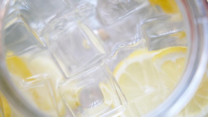 ★【お休み処】ハーブやフルーツを使ったデトックスウォーターで、内側からキレイに