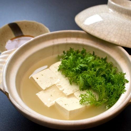 朝ごはんの湯豆腐
