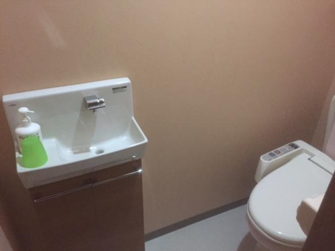 トイレの洗面台です。