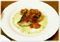 (夕食例)姫鯛のラタトーユ添え バジルソース