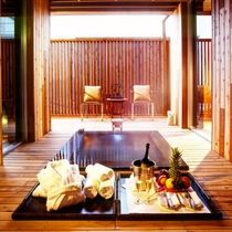 【離れ客室】天然温泉かけ流し露天風呂付ヴィラ 87㎡