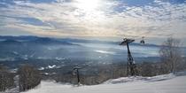 赤倉観光リゾートスキー場からの野尻湖