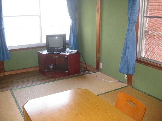 和室6畳 海水浴後はお風呂にお入りになってからお部屋にお入り下さい