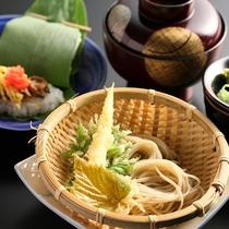 美味しい信州蕎麦をご提供する日もあります。