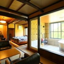 星見の間 大きな窓の展望風呂が付いています