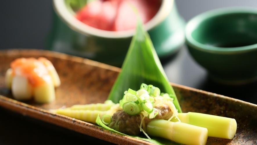 根曲り竹のサバ味噌和え