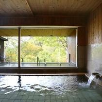 大浴場の内湯は透明な単純泉(川原小屋温泉)