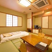 *【部屋一例/和室8畳】ご家族や小グループにぴったりの和室です。
