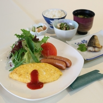 """""""*【朝食一例】ボリュームたっぷりの朝食で、朝から元気いっぱいお過ごしください。"""
