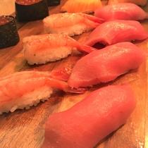 海×肉フェス2019「本マグロと甘海老、いくらの握り寿司」