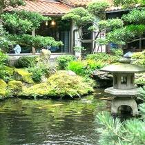 四季折々の庭園のうつろいをお楽しみください
