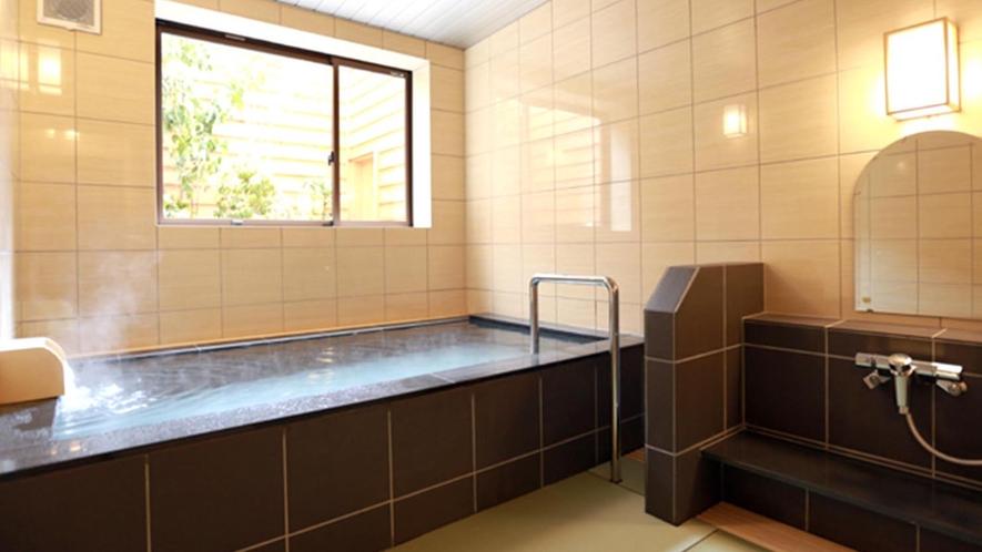 【貸切半露天風呂(温泉)】泰澄の湯、雅亮の湯の2つの貸切風呂がございます。50分/通常3,630円