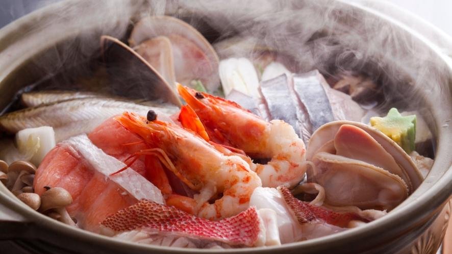 朝獲れ魚貝をたっぷり