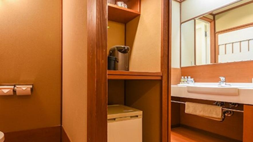 【一般客室の洗面所・トイレ(一例)】