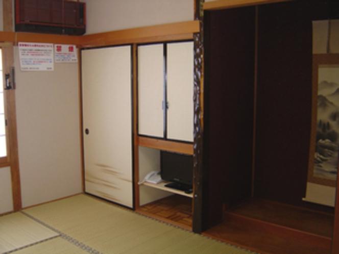客室・和室6畳「桜の間」