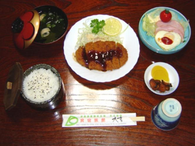夕食・トンカツ定食プラン・通年