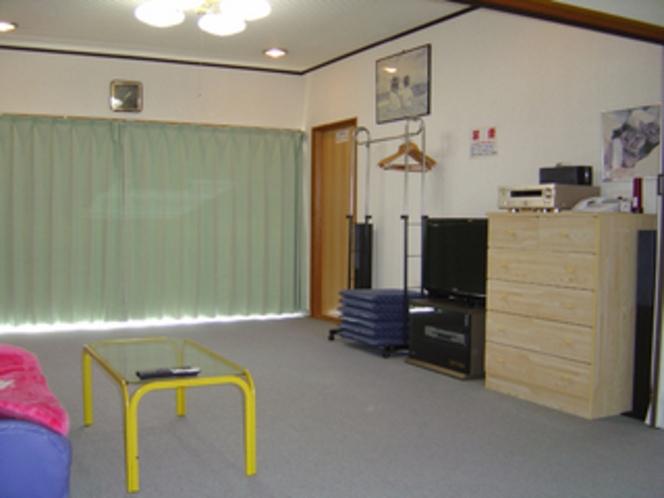 1戸建て・特別和洋室16畳相当「光の間」