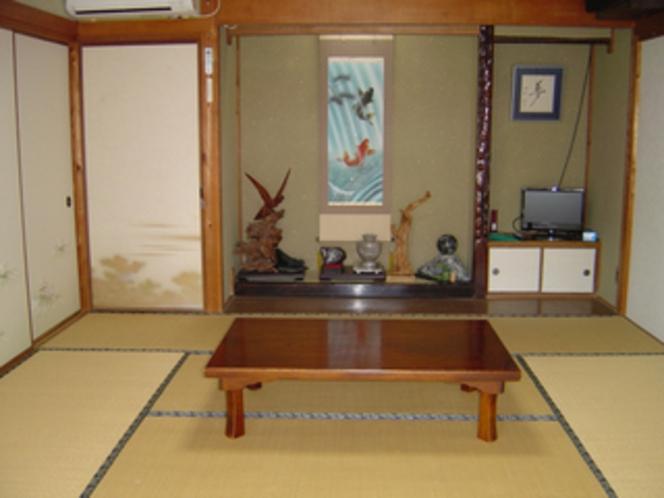 客室&お座敷・和室8畳「松の間」