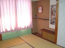 客室・和室6畳「月の間」