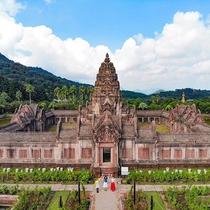アンコールワット王朝の寺院「プラサット・ヒン・アルン」