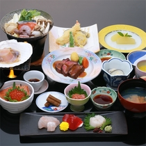 *秋の青森まるかじり膳/板長おすすめの贅沢な料理