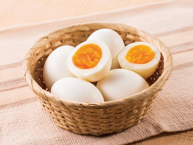 ◆日替わりメニュー◆ゆでたまご◆スクランブルエッグと日替わり提供