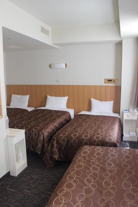 フォースルーム(一例) トリプルのお部屋にエキストラベッド対応となります