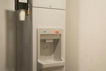 製氷機(当ホテル3階、10階にございます)