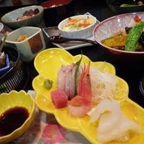 *【夕食一例】日本海の新鮮な幸を使ったお刺身。