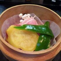 *【夕食一例】野菜本来の味を存分に楽しめます。