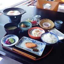 *【朝食全体例】純和風の朝ごはん。しっかり食べて1日の元気を蓄えましょう!