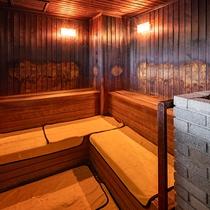 男性用大浴場サウナルーム
