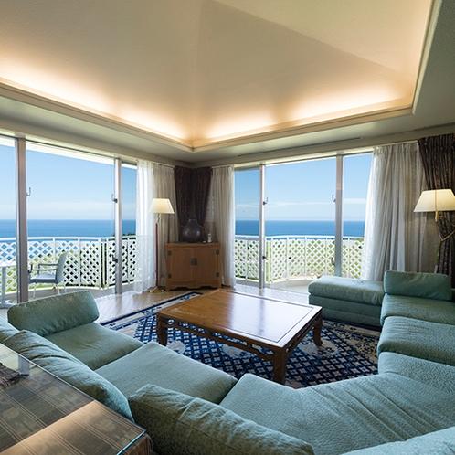 オーシャンスイート【90平米】ほか客室の2倍以上の広さを誇る最上の客室です