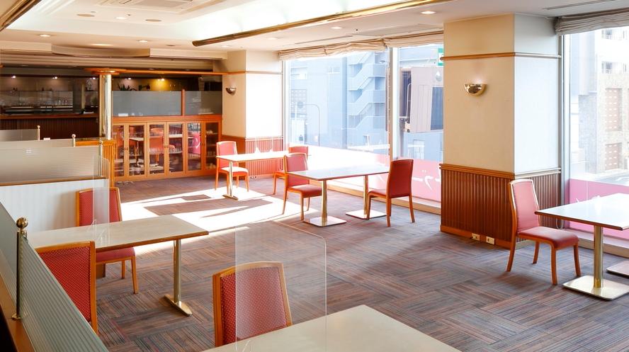 2F レストラン ボンサブール(入口側)