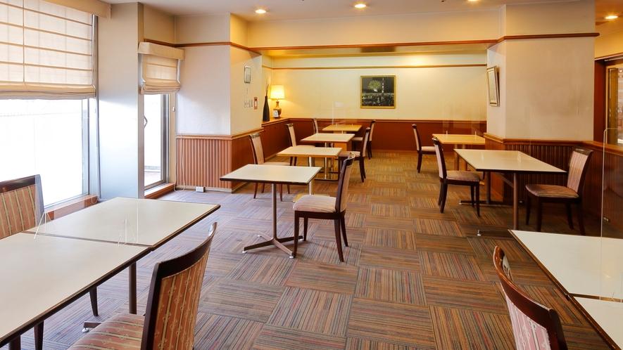 2F レストラン ボンサブール(奥側)