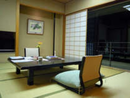 【シンプルな山側客室】8畳和室(禁煙)