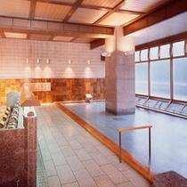 ≪水晶風呂≫内風呂