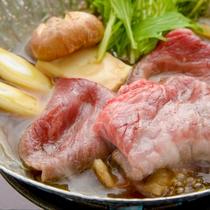 群馬が誇る地元ブランド「上州牛」をすき鍋で。