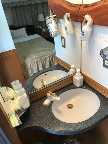 本館ツインルーム洗面台