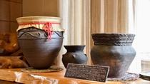 *館内一例:オホーツク文化を継承する品々は主人の手作り