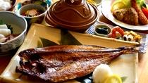ホッケ焼きとモヨロ鍋(一例)