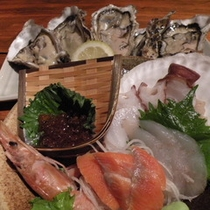 花咲蟹と海鮮メニュープランの夕食(連泊の一例)
