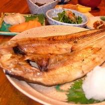冬季限定料金の夕食(一例)