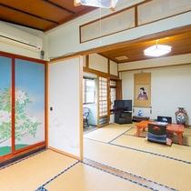 *和室一例/3名様までお泊まりいただける広めのお部屋もございます。