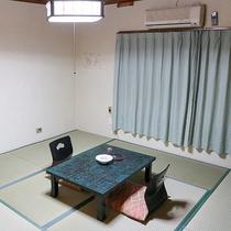 *和室一例/和室は全室喫煙可能です。マナーを守ってお楽しみください